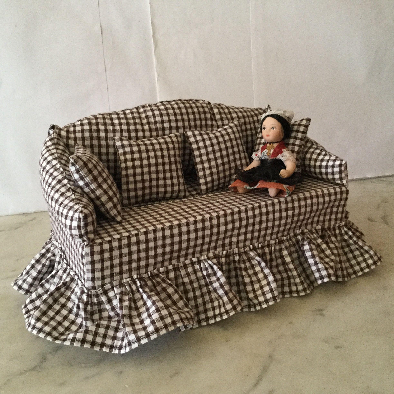 canapes boites a kleenex. Black Bedroom Furniture Sets. Home Design Ideas